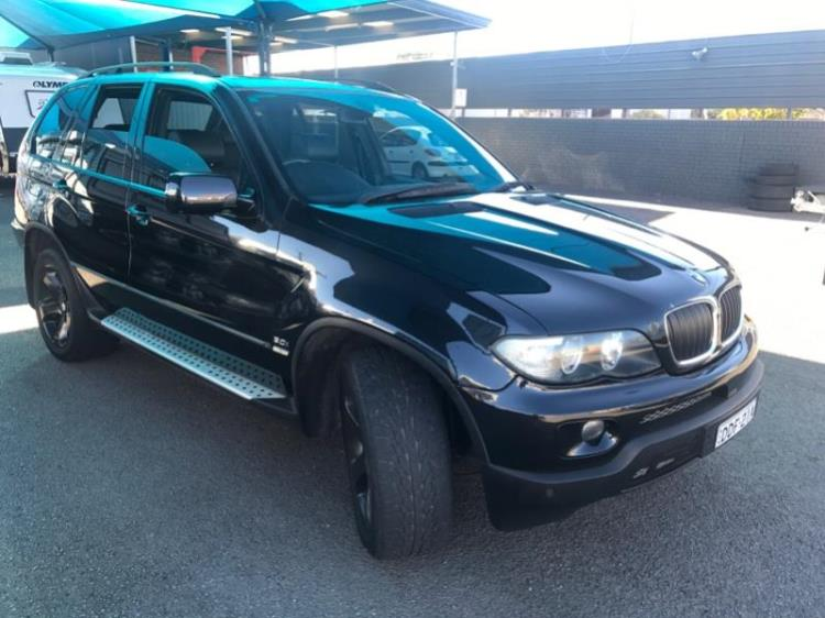 2004 BMW X5 4D WAGON 3.0I E53
