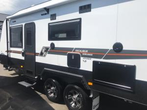 2018 CRUSADER EXCALIBUR CARAVAN NOBLEMAN ADVANCE