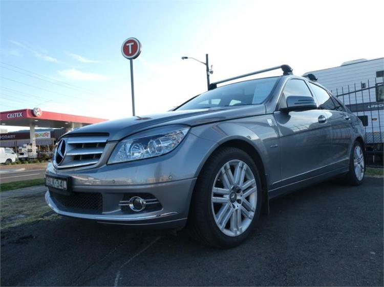 2009 MERCEDES-BENZ C220 4D SEDAN CDI CLASSIC W204