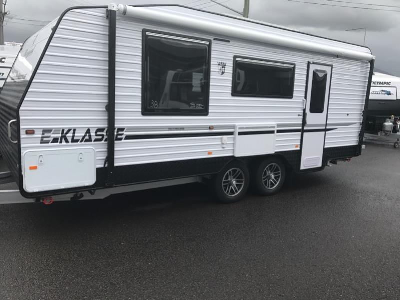REGAL EKLASSE CARAVAN